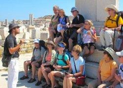 De ce folosesc agentiile de turism sistemul tour guide?